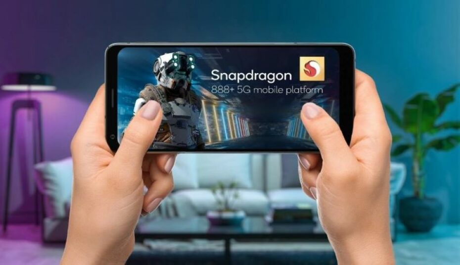Qualcomm's New Snapdragon 888+ 5G Mobile Platform Brings 32 TOPS and Blistering Speeds to 2021 Smartphones